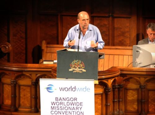 Eddie speaking at Bangor Worldwide 2011