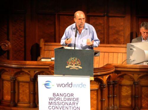 Eddie speaking at Bangor Worldwide 2011