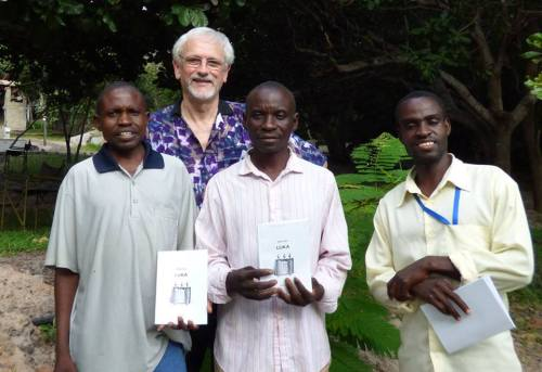 Kwangwa team with Philip Saunders, their consultant